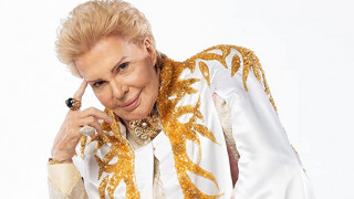 Mucho Mucho Amor: The Legend of Walter Mercado (2020) Full Movie - HD 720p
